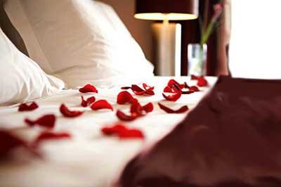 Романтический уикенд для молодоженов